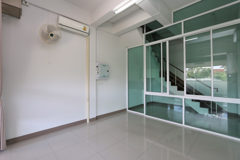 Commercial properties with Perfect Homes Chiang Mai-3