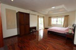 3 Bedroom house for rent near International School, Hang Dong-24