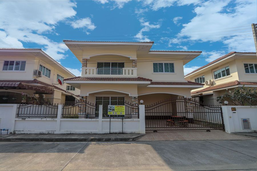 Siwalai-Village-4-house-for-sale