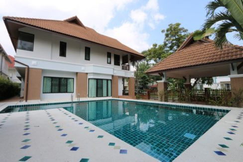 Quality Homes with pools in chiang mai-51